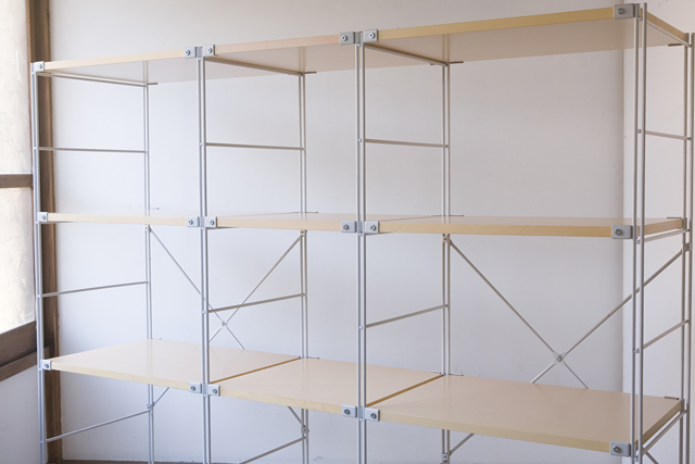 無印良品の「スチールユニットシェルフ・木製棚4段セット」-02
